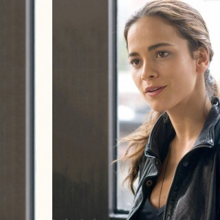 Alice Braga wallpapers widescreen