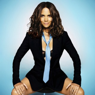 Halle Berry wallpapers desktop
