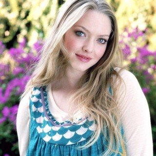 Amanda Seyfried wallpapers