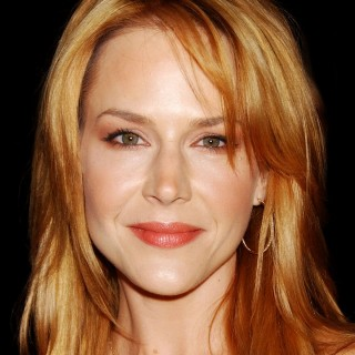 Julie Benz hd