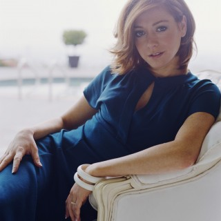 Alyson Hannigan download wallpapers