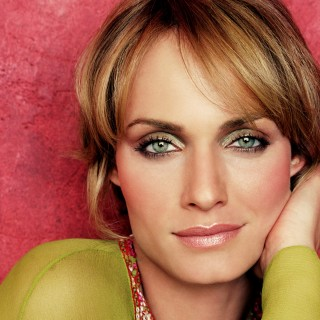 Amber Valletta new