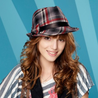 Bella Thorne download wallpapers