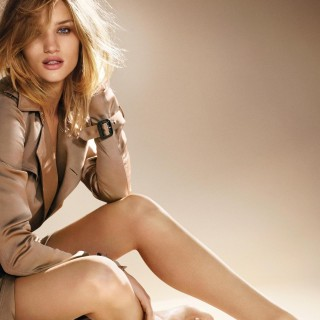 Rosie Huntington-Whiteley background