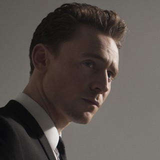 Tom Hiddleston high resolution wallpapers