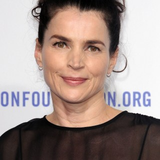 Julia Ormond widescreen