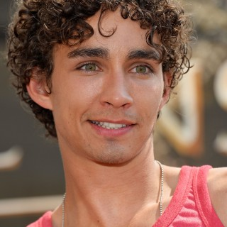 Robert Sheehan wallpapers widescreen