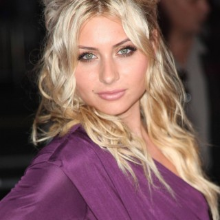 Alyson Michalka wallpapers widescreen
