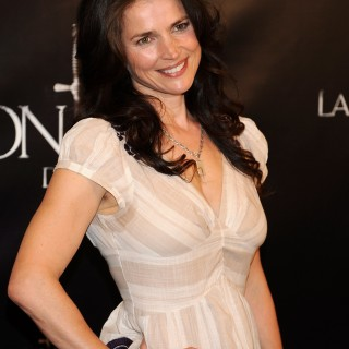Julia Ormond wallpapers widescreen