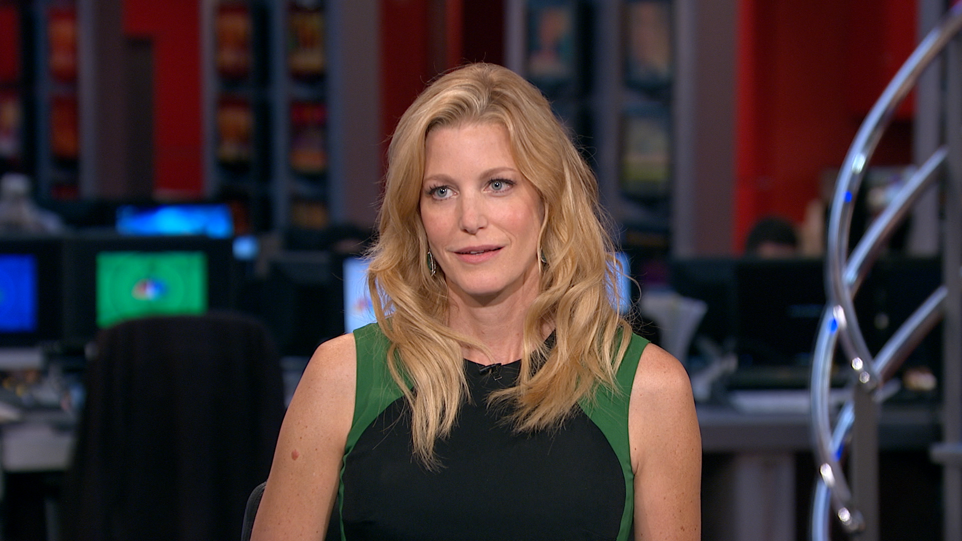Anna Gunn HD Wallpapers