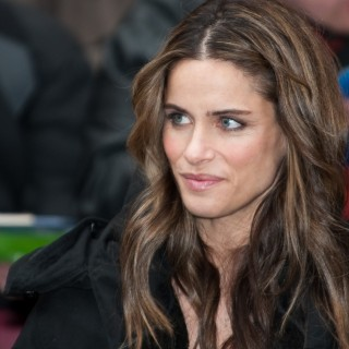 Amanda Peet high definition wallpapers