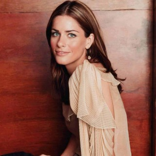 Amanda Peet download wallpapers