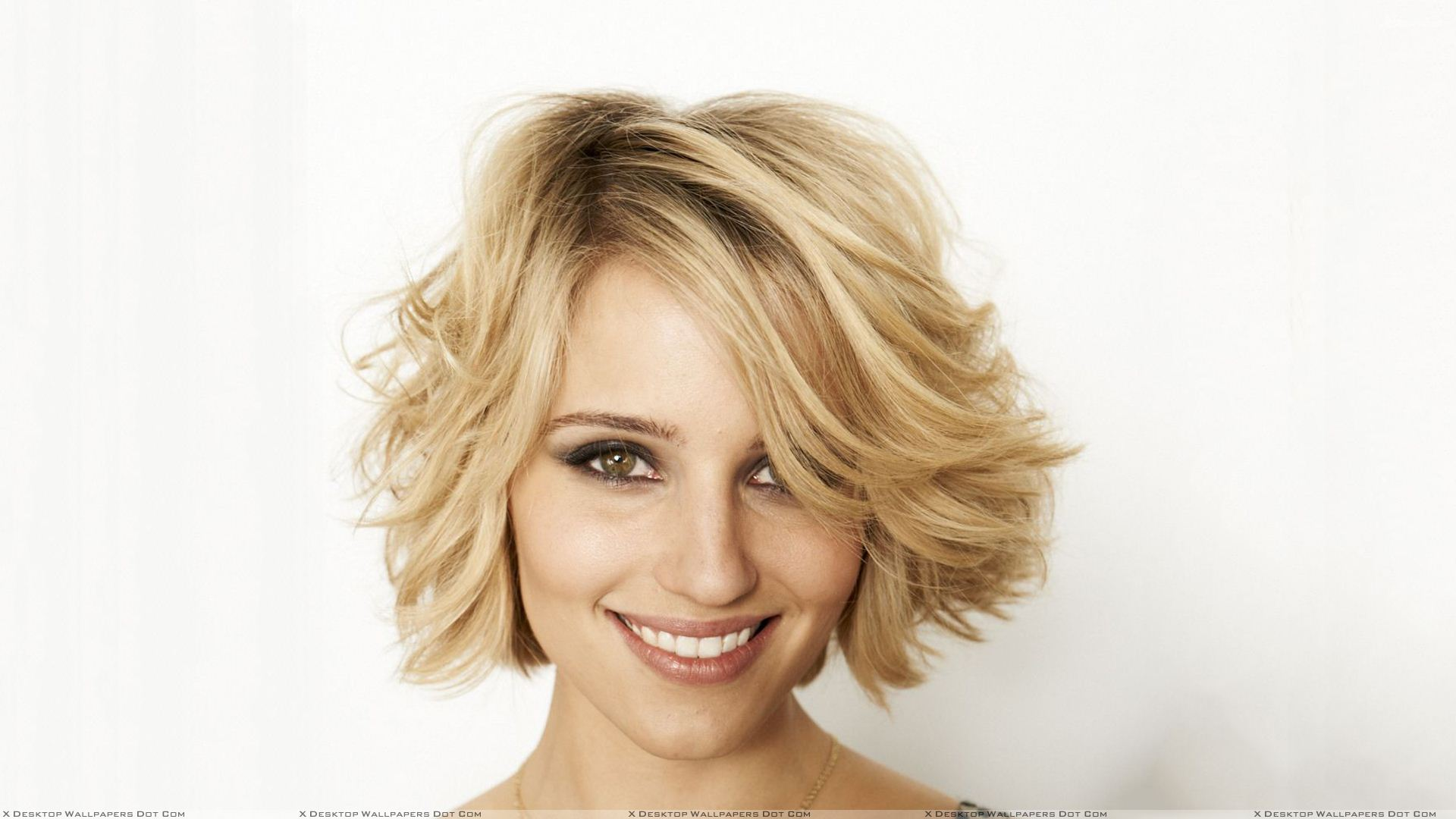 Dianna Agron download wallpapers