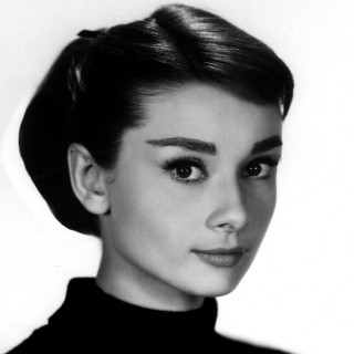 Audrey Hepburn free wallpapers