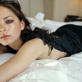 Kristin Kreuk wallpapers widescreen