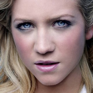 Brittany Snow wallpapers desktop