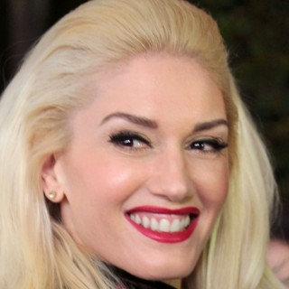 Gwen Stefani download wallpapers