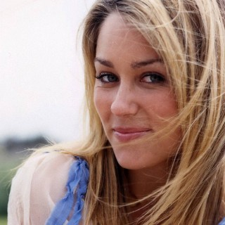 Lauren Conrad background