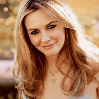 Alicia Silverstone wallpapers desktop