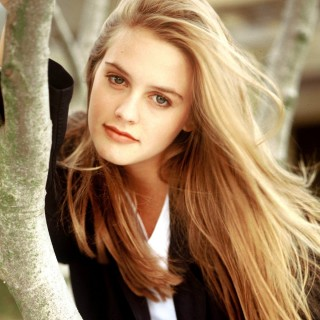 Alicia Silverstone high definition wallpapers