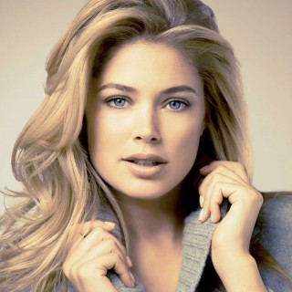 Doutzen Kroes wallpapers widescreen