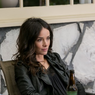 Abigail Spencer widescreen