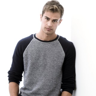 Theo James wallpapers widescreen