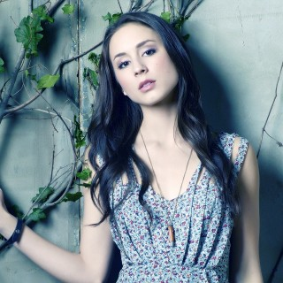 Troian Avery Bellisario pictures