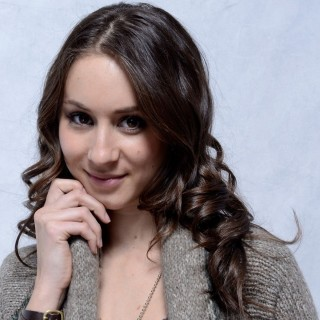 Troian Avery Bellisario wallpapers desktop