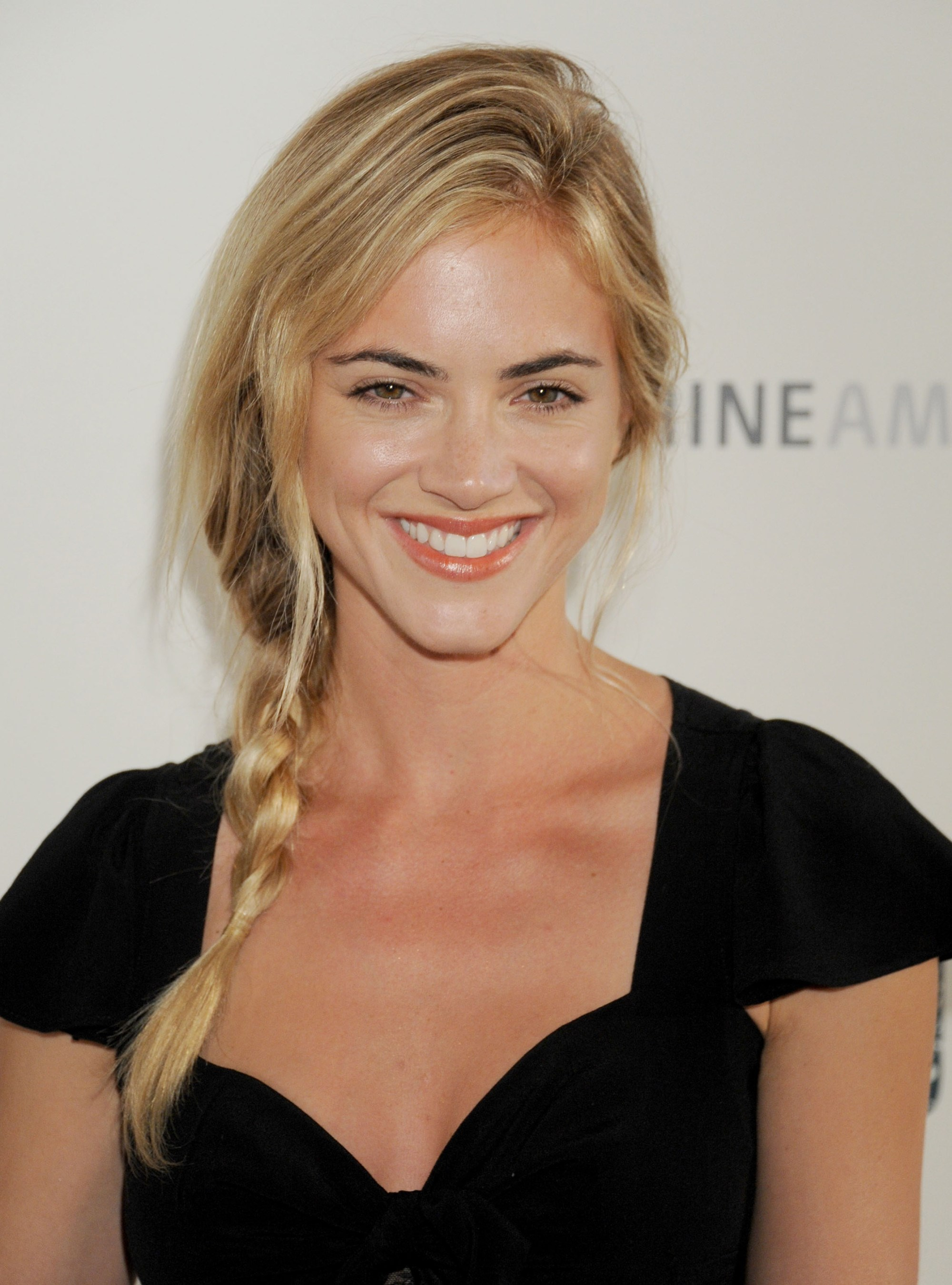 Emily Wickersham HD Wallpapers