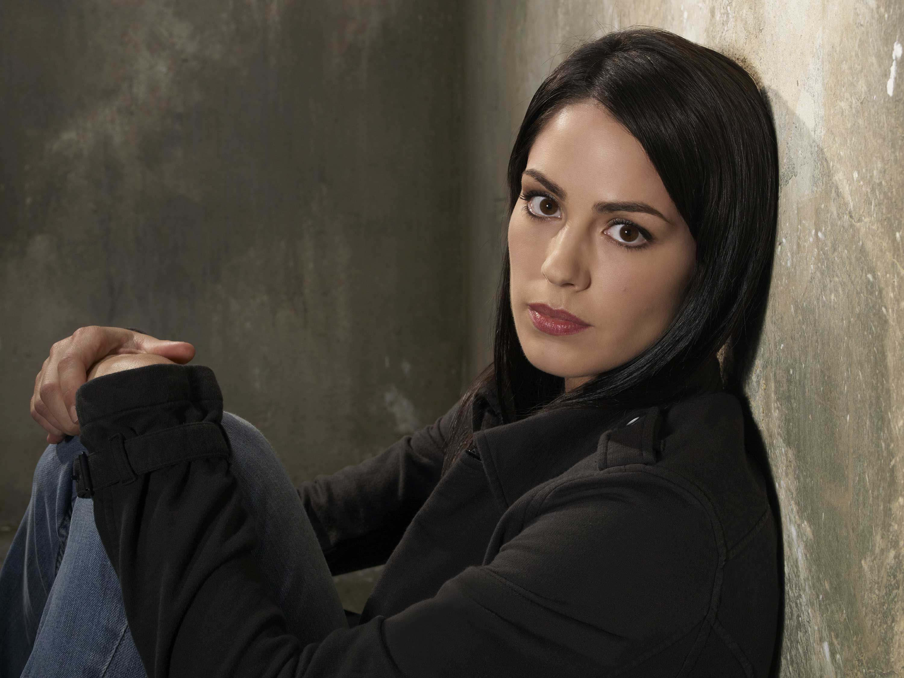 Michelle Borth HD Wallpapers