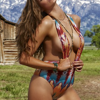 Robyn Lawley high quality wallpapers
